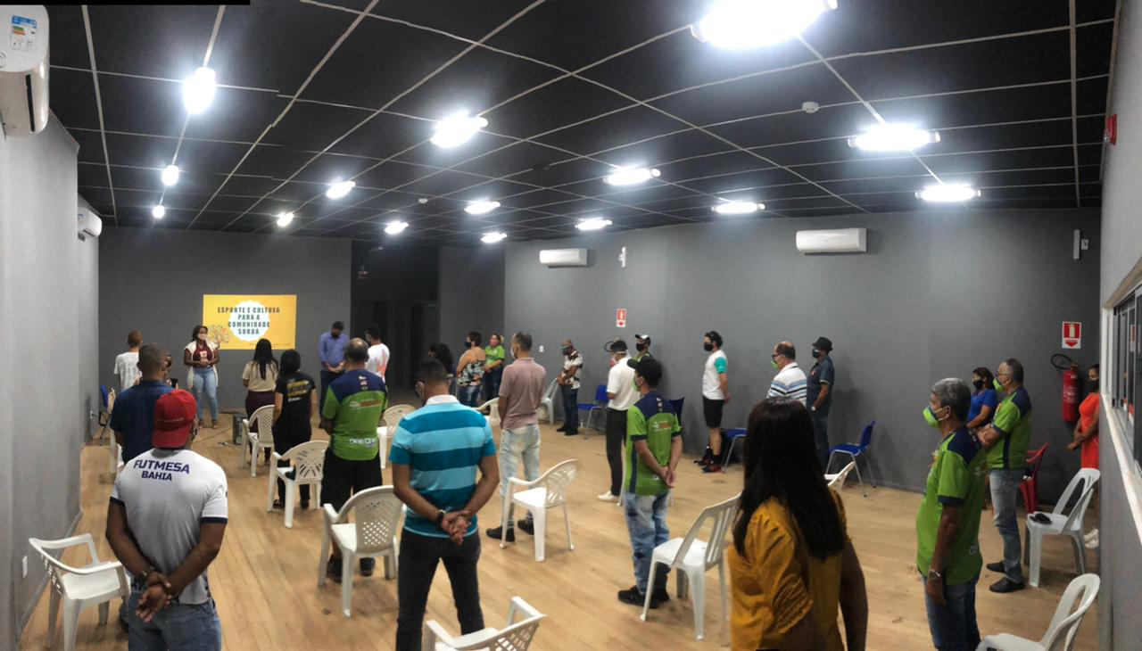 Servidores da Secretaria de Esportes de Eunápolis são preparados para inclusão da comunidade com deficiência auditiva 24