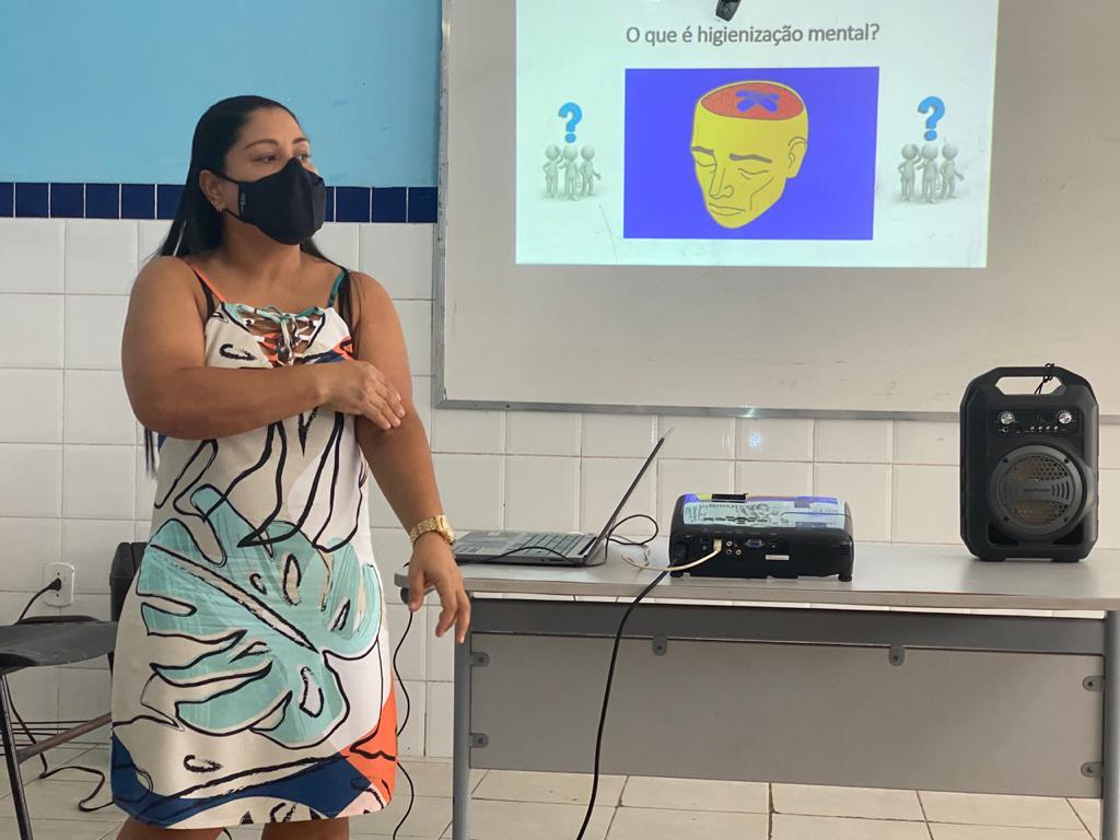 Secretaria de Educação de Eunápolis promove palestra sobre a Síndrome de Burnout 27