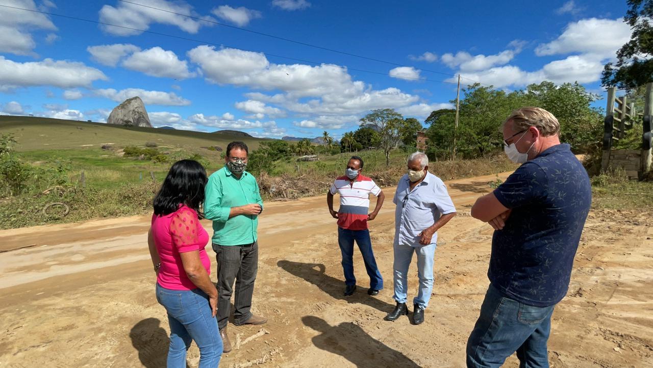 Guaratinga: Recuperação das estradas da zona rural começará por São João do Sul 21