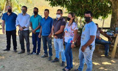 Prefeito de Itagimirim e CONDESC se reúnem para buscar melhorias para estradas do município. 36