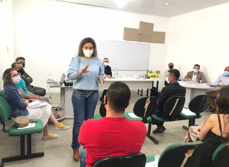 Prefeita Cordélia Torres apresenta ações da gestão contra Covid19 e cobra compromisso do comércio 23