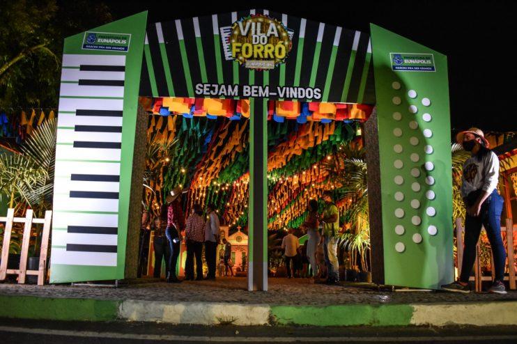 Prefeitura de Eunápolis inaugura a Vila do Forró, dando início aos festejos juninos 26