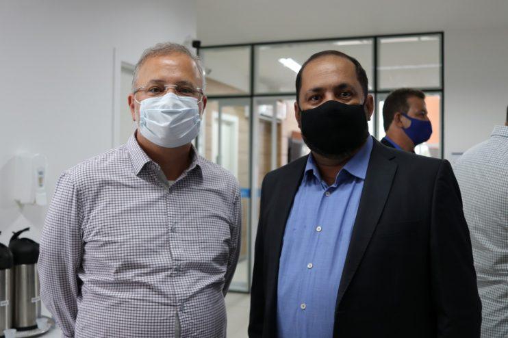 Vereadores de Eunápolis marcam presença em ato de entrega da Policlínica Regional da Costa do Descobrimento 26