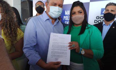 Vereadora de Itapebi pede a Rui Costa atendimento especializado à mulheres com hipertrofia mamária 20