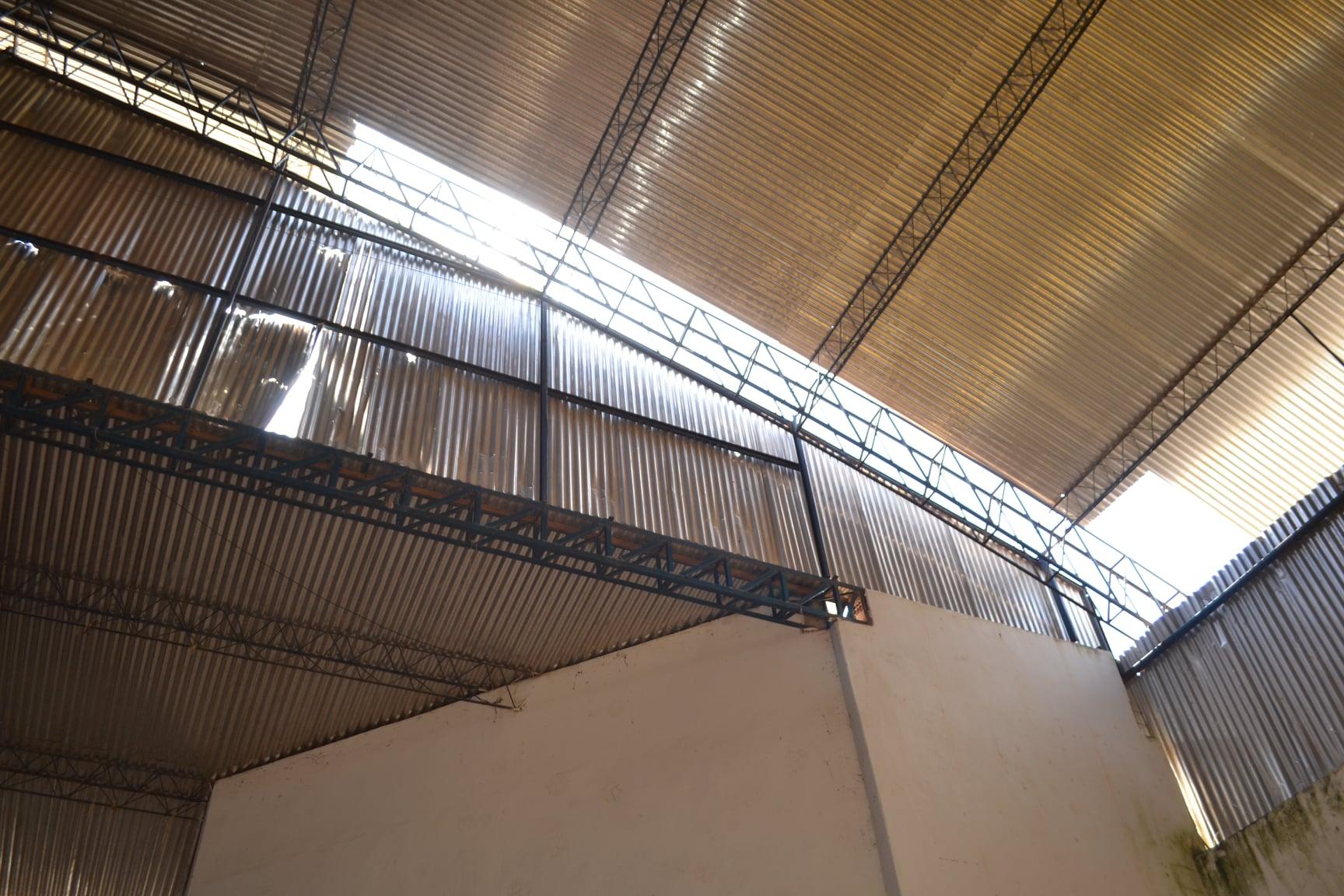 Ginásio de Guaratinga é interditado por corrosão na estrutura metálica 31