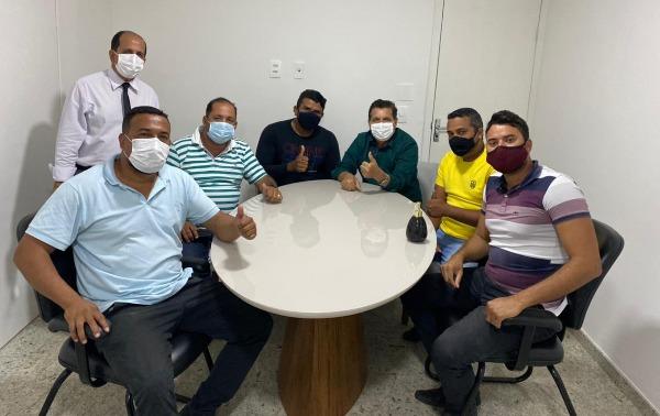 Eunápolis: Vereadores reafirmam apoio ao governo Cordélia e desmentem fake news 18