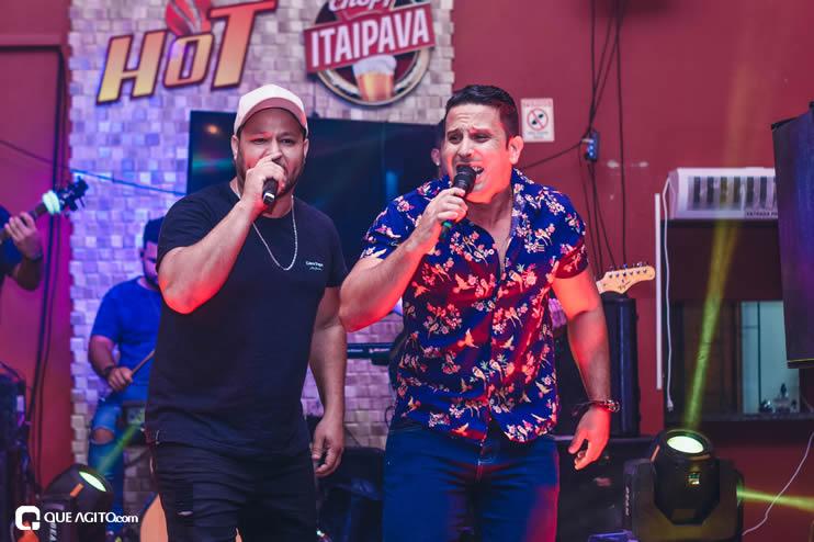 Dupla André Lima e Rafael contagia público na Hot 45
