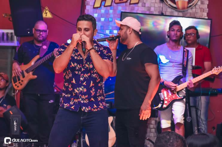 Dupla André Lima e Rafael contagia público na Hot 56