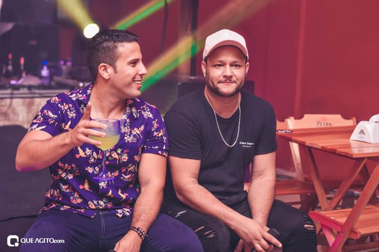 Dupla André Lima e Rafael contagia público na Hot 87