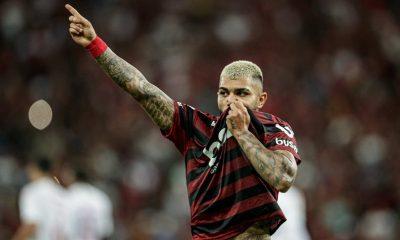 """Sensitiva diz que avião com o Flamengo vai cair após jogo na Argentina e """"culpa"""" Gabigol por tragédia; """"se ele entrar, não volta"""" 28"""