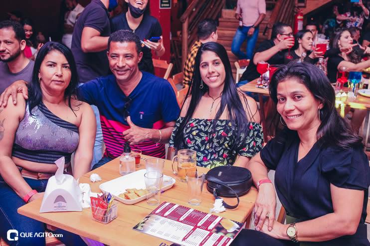 Dupla André Lima e Rafael contagia público na Hot 123