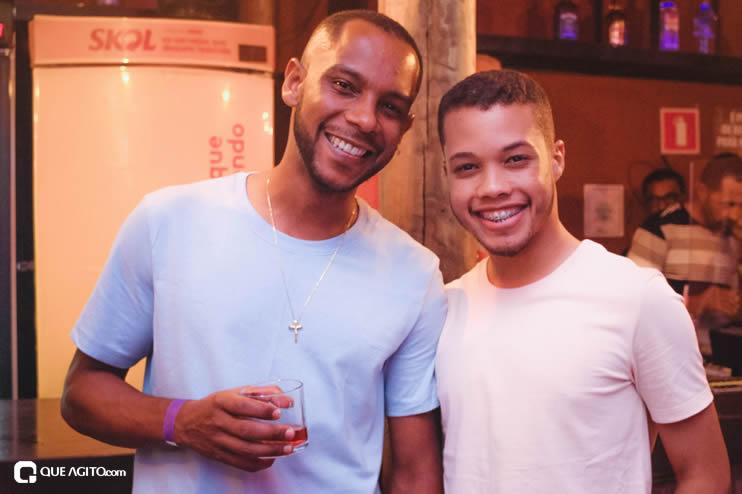 Dupla André Lima e Rafael contagia público na Hot 126
