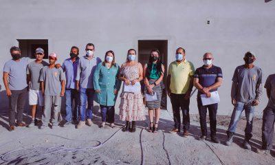 Prefeita Cordélia realiza vistoria técnica nas obras da futura Casa de Parto 17