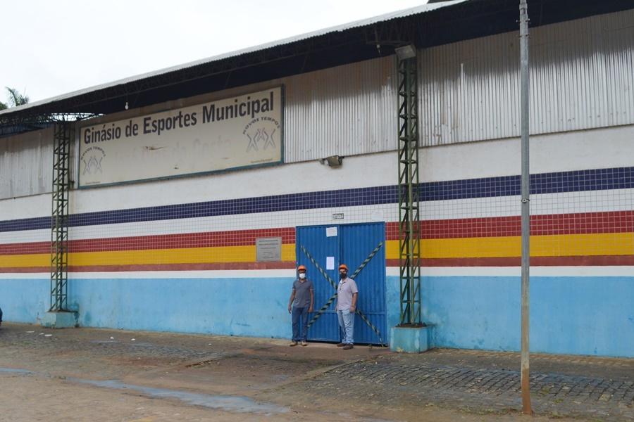 Ginásio de Guaratinga é interditado por corrosão na estrutura metálica 28
