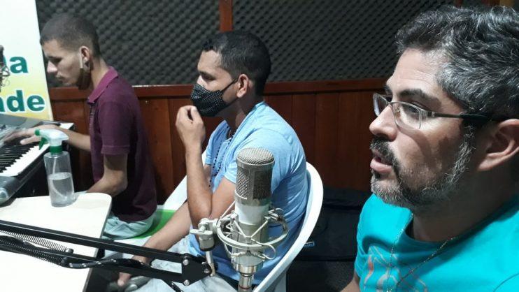 Músicos locais agradecem prefeitura de Eunápolis por oportunidade na Vila do Forró 21