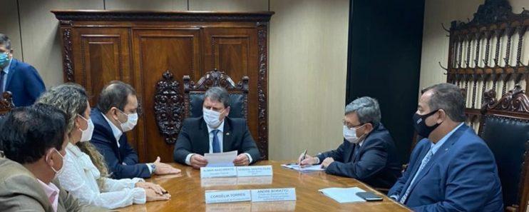 Prefeita de Eunápolis teve audiência com ministro da Infraestrutura reivindicando obras para a cidade 18