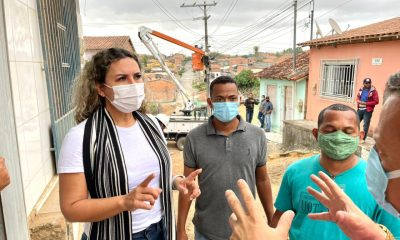 """Cordélia acompanha mutirão de limpeza """"Bota Fora"""" no bairro Moisés Reis 24"""