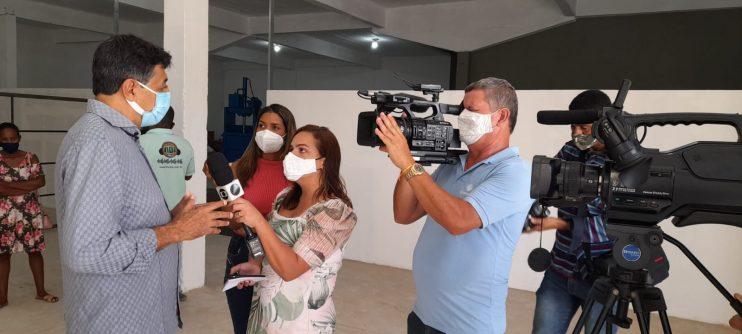 Secretaria de Meio Ambiente de Eunápolis entrega chaves de galpão para viabilizar trabalho de catadores 20