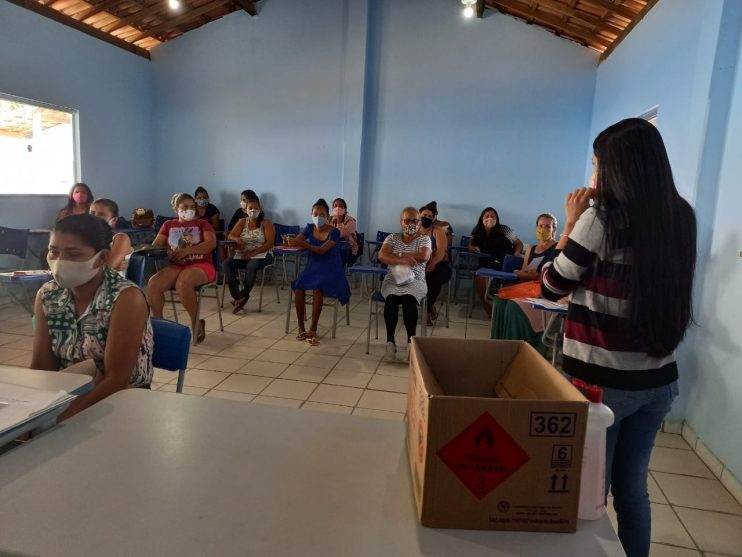 Secretaria de Assistência Social leva serviços assistenciais à comunidade do Ponto Maneca 26