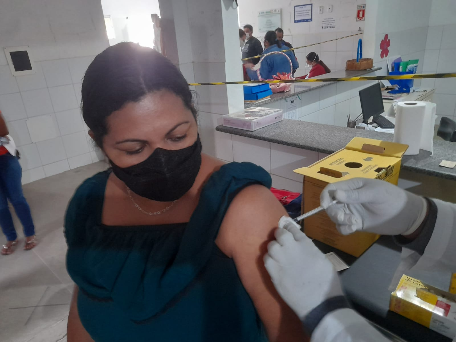 Eunápolis inicia vacinação contra a Covid-19 para pessoas a partir dos 35 anos 17