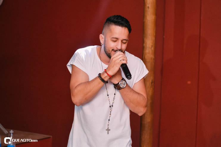 Público se diverte ao som de OMP na Hot em Eunápolis 40