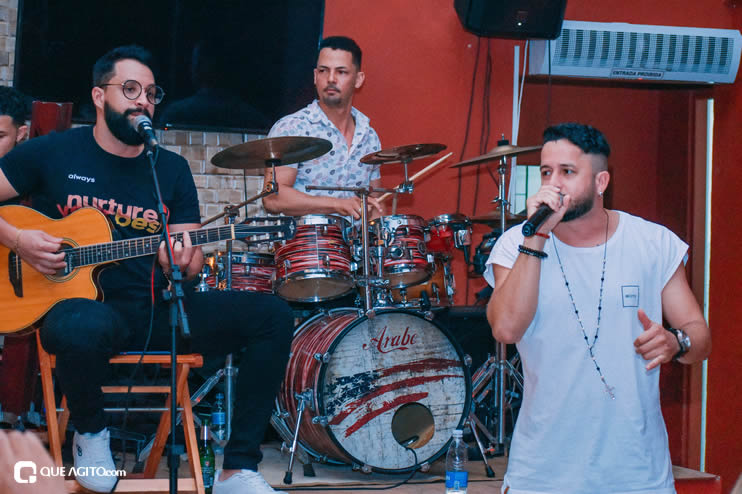 Público se diverte ao som de OMP na Hot em Eunápolis 21