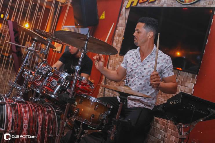 Público se diverte ao som de OMP na Hot em Eunápolis 70