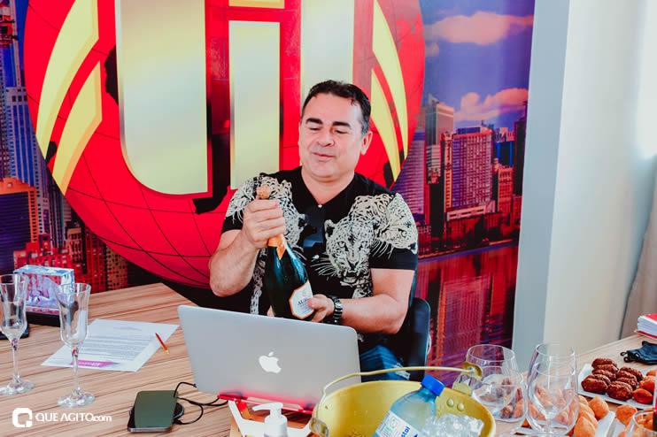 Matrix Produtora assina contrato com cantor Netinho do Forró 33