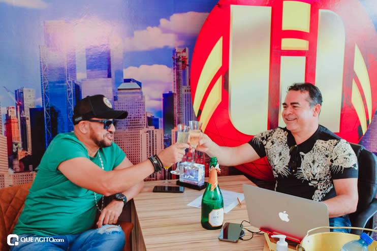 Matrix Produtora assina contrato com cantor Netinho do Forró 19