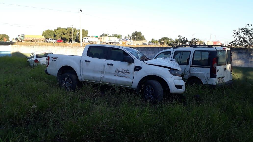 Eunápolis: Ex-gestão deixa cemitério de veículos sucateados no município; só ambulâncias são oito 27