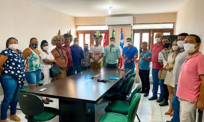 Vice-prefeito e secretário de Turismo de Porto Seguro, Paulinho Toa Toa, atende solicitação de lideranças indígenas 23