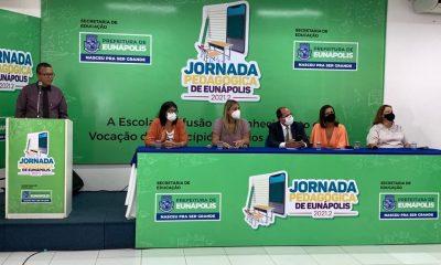 Abertura da Jornada Pedagógica reúne profissionais da educação da rede municipal de Eunápolis 41