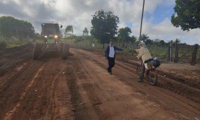 Prefeitura intensifica patrolamento em estradas e ramais da zona rural de Eunápolis 32