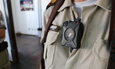 Testes de câmeras acopladas em fardas de policiais na Bahia serão iniciados nesta semana 38
