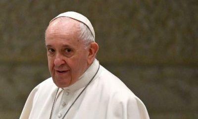 Igreja católica fará consulta inédita de fiéis, sem contemplar voto de mulheres 16