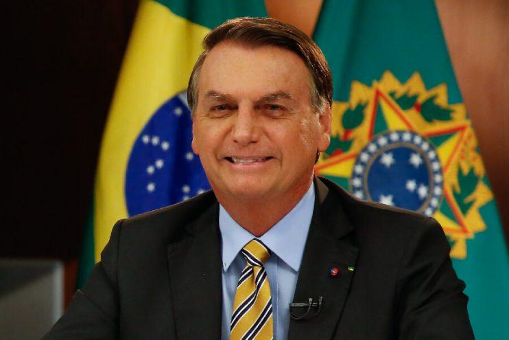 Bolsonaro testa negativo para Covid-19 23