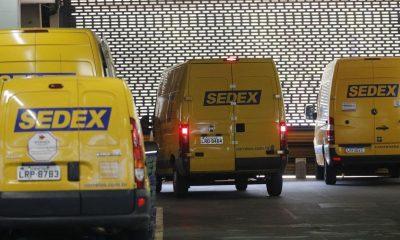 Correios realiza grande leilão de 61 mil itens, incluindo iPhones e computadores 13