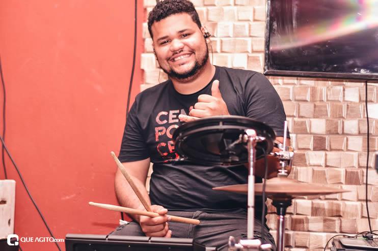 Público vai ao delírio com apresentação da dupla André Lima e Rafael na Hot 35