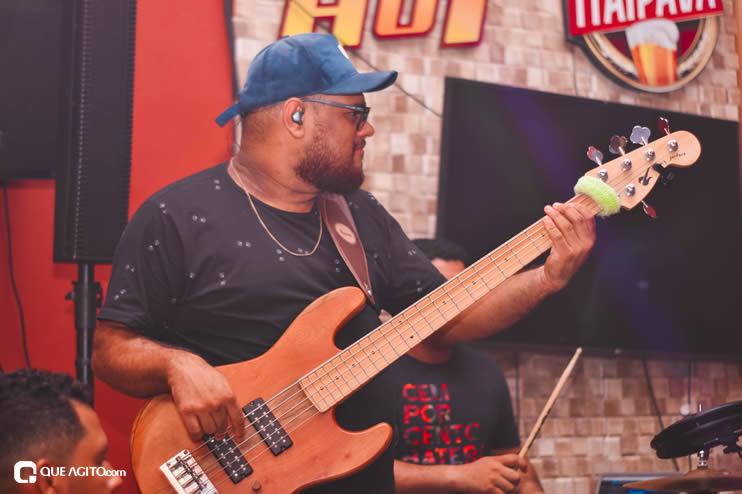 Público vai ao delírio com apresentação da dupla André Lima e Rafael na Hot 45