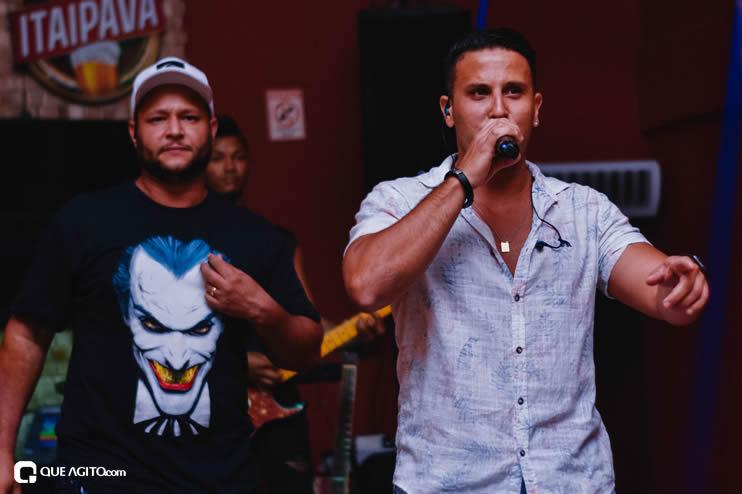 Público vai ao delírio com apresentação da dupla André Lima e Rafael na Hot 51
