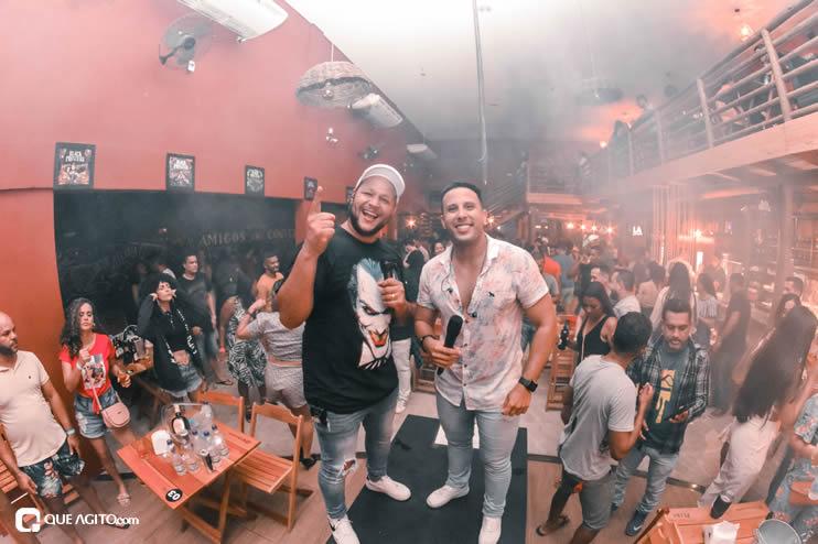 Público vai ao delírio com apresentação da dupla André Lima e Rafael na Hot 23