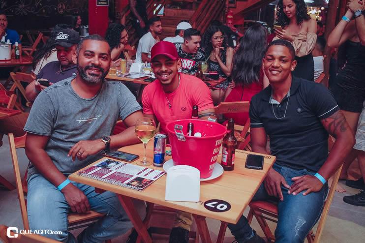 Público vai ao delírio com apresentação da dupla André Lima e Rafael na Hot 78