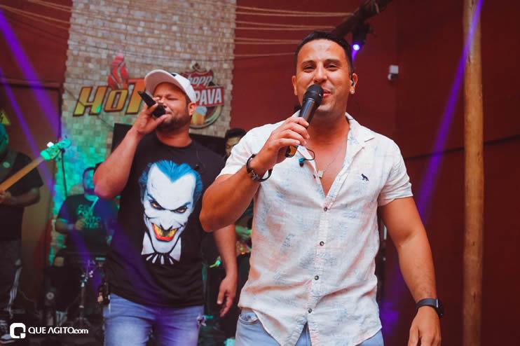 Público vai ao delírio com apresentação da dupla André Lima e Rafael na Hot 81