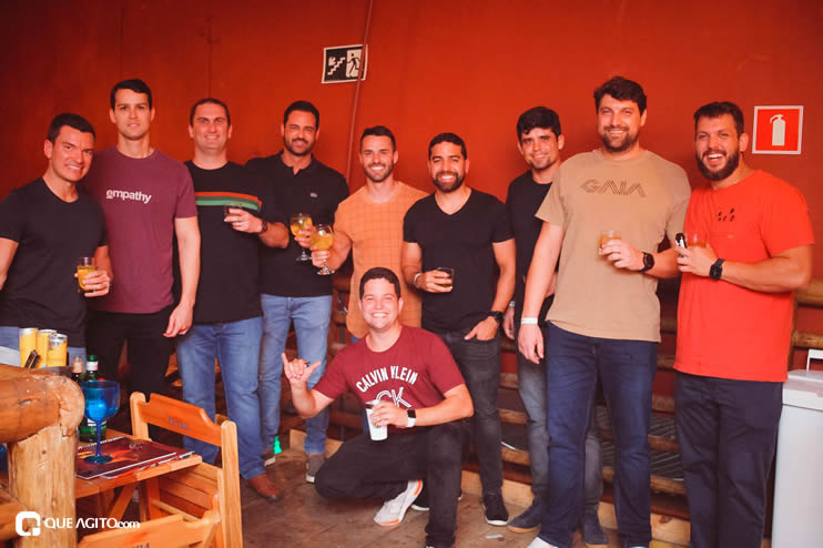 Público vai ao delírio com apresentação da dupla André Lima e Rafael na Hot 89
