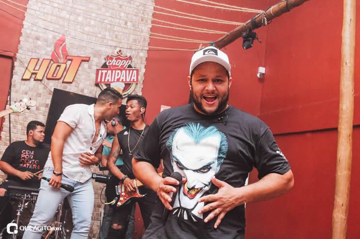 Público vai ao delírio com apresentação da dupla André Lima e Rafael na Hot 94