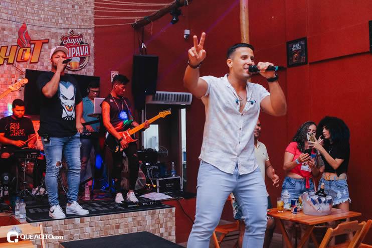 Público vai ao delírio com apresentação da dupla André Lima e Rafael na Hot 93