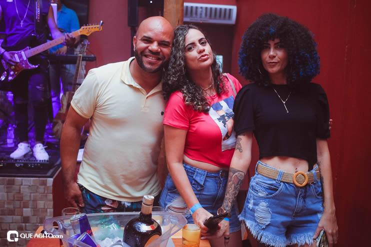 Público vai ao delírio com apresentação da dupla André Lima e Rafael na Hot 96