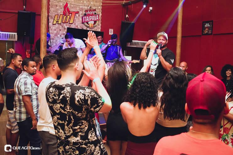 Público vai ao delírio com apresentação da dupla André Lima e Rafael na Hot 103