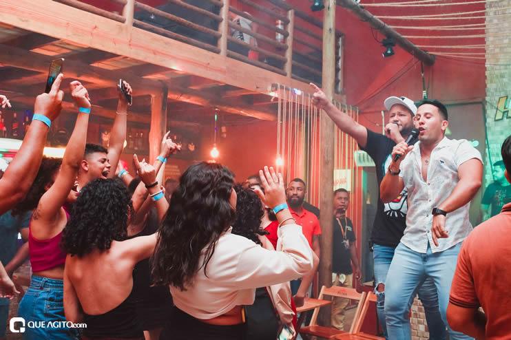 Público vai ao delírio com apresentação da dupla André Lima e Rafael na Hot 106