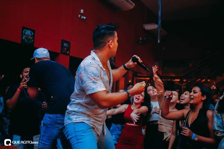 Público vai ao delírio com apresentação da dupla André Lima e Rafael na Hot 112